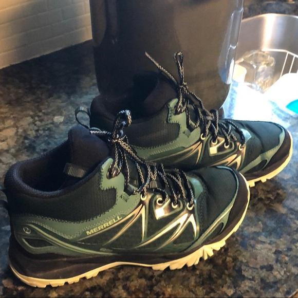 d7e3a953dfe Merrell Capra bolt mid WP hiking boots sz 10